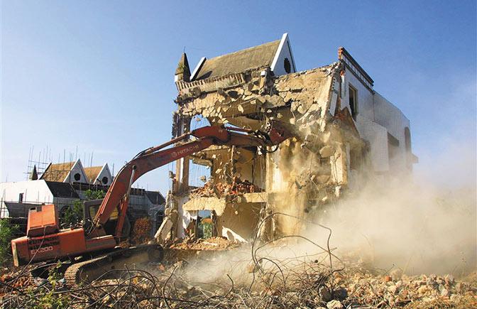 1999年-2007年:海南8年攻坚挤掉房地产泡沫