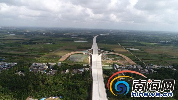 组图|文琼高速预计明年11月通车文昌到琼海只需半小时