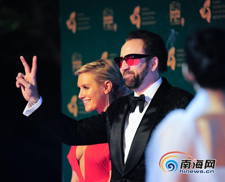 高清组图|尼古拉斯·凯奇、朱一龙、王宝强等现身海南岛国际电影节红毯