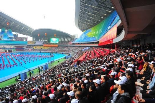 绝地狂鳄庆祝广西壮族自治区成立60周年群众文艺表演综述