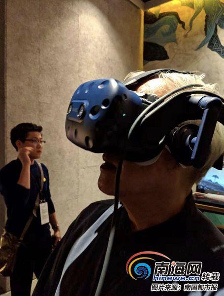 """首届海南岛国际电影节:""""沉浸式VR""""免费""""沉进""""7部电影"""